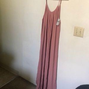 Forever 21 contemporary blush maxi dress